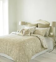 Reversible Paisley Design Duvet Cover Set in Natural Colours Double Bed Size