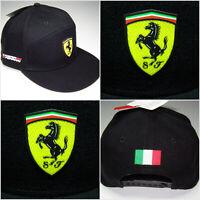Ferrari Cap Schwarz - Italienische Flagge - Ferrari Logo Lizenz Produkt Formel 1