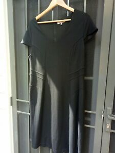 Diana Ferrai 18 Fitted Black Dress Size 18 (#190)