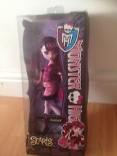 Monster High-Draculaura Scaris City of Frights-hija de Drácula-Moda