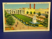 Tulip Gardens in Rose Court New York Worlds Fair 1939 Vintage Color Postcard PC7