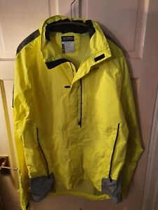 Altura Become Darkproof Cycling Jacket Hi Vis  Yellow Size L  FREE POST