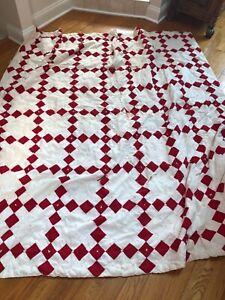 VTG 1930s Hand-Tied RED & WHITE Quilt Hap PRIMITIVE FARM COVERLET $9.99 NO RSVE
