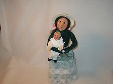 Byers Choice 1993 Mother's Day Victorian Woman with Toddler