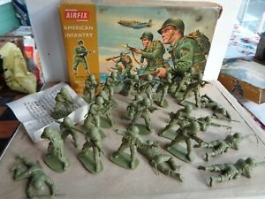 VINTAGE Airfix American Infantry ww2 plastic soldiers in original box 1/32 scale