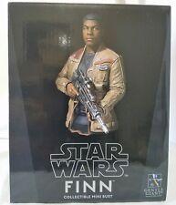 Star Wars Gentle Giant Finn The Force Awakens Mini Bust