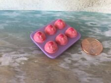 BARBIE DOLL HOUSE DIORAMA FOOD ACCESSORY STRAWBERRY CUPCAKE MUFFINS DESSERT
