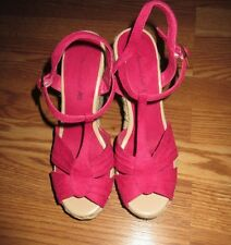 WOMEN'S AMERICAN EAGLE PINK WEDGE SANDALS SIZE 7.5 GREAT CONDITION*