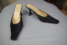 Mules ZAPA Tout cuir noir et fine Fourrure noire T 36,5 TBE