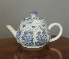 Blue Chrysanthemum Chinese Shipwreck Porcelain Tea Pot and Cover Kangxi c1660