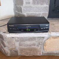 Japan Made Panasonic Omnivision PV-V4020 4-Head VCR Plus+ VHS Player Recorder