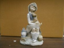 Lladro-GIRL SITTING WITH DOG #4910 Private Collection Mint In Box 8 1/2X LANTERN