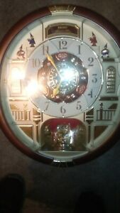 Seiko Melodies in Motion wall clock. Very good condition. Works and plays music.