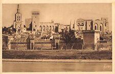 BT14427 Le palais des papes vu de la rive droite du rhone Avign          France