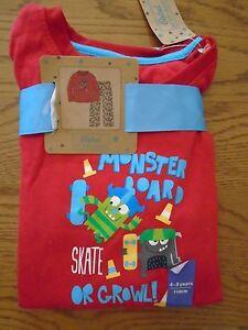 BNWT boys monster skateboarding pyjamas. Primark. 4-5 years.  (1/4)