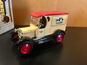 ERTL 1923 Chevy Truck Bank 1:25 CASE Commemorative Edition 150 Years NIB E255