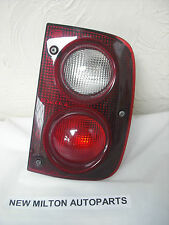 A GENUINE LAND ROVER FREELANDER SERIES 1 REAR LIGHT LAMP O/S RIGHT SIDE DRIVERS