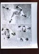 Original June 25 1962 Whitey Ford New York Yankees Pitching 8 X 10 Wire Photo