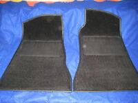 BRAND NEW PAIR  MGB ROADSTER GT BLACK 4 SYNC FOOT WELL CARPETS FOOTWELL CARPET