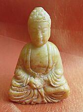 Buddha,Amulett,aus Jade,Amitabha,Buddha des unermesslichen Lichtglanzes.beige