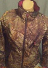 ladies realtree windproof, waterproof camo, form fitting jacket  Sm 34-36