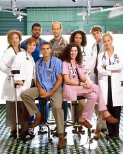 ER CAST / George Clooney 8 x 10 / 8x10 GLOSSY Photo Picture