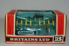 BRITAINS 9536 CULTIVATOR MINT BOXED RARE SELTEN!!