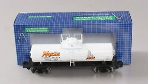 Des Plaines Hobbies NASG 2018-2 S Scale 2018 Moxie Tank Car with Platform #2018
