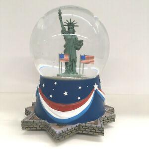 Hallmark Patriotic Musical Water/Snow Globe Statue Of Liberty - National Anthem