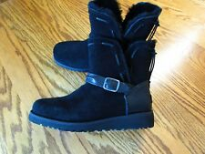UGG TACEY SUEDE AND SHEEP SKIN CLASSIC BLACK BOOTS GIRLS SIZE 4 NEW