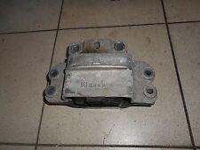Audi A3 8P VW Golf 5 Motorhalter Getriebehalter Motorlager 1K0199555