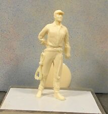 G  Or 1/24-1/25 scale  #1041  Figure UNPAINTED Resin- No Minnesota Sales