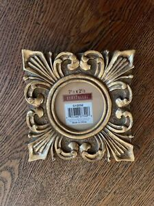 """4.5"""" Square Gold Ornate Photo Frame for 2.5"""" Round Photo"""