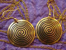 Boucles d'oreille danse orientale motif spirale Bollywood couleur or Inde