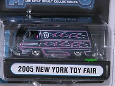 Muscle Machines 2005 New York Toy Fair 1965? Ford Econoline Van Limited 1:64