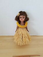 "VINTAGE VOGUE GINNY HAWAIIAN 8"" DOLL"