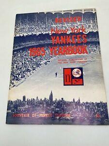 VINTAGE-------REVISED NEW YORK YANKEES 1965 YEARBOOK-------------