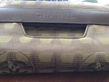 Chanel AUTHENTIC  Large PRE OWNED Clutch Very Elegant 11 BY 2/BROWN