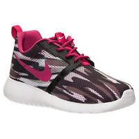 705486-001 Nike Roshe One Flight Weight GS Black/White/Gray/Berry 5Y