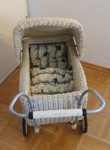 Puppenwagen antik Korb creme