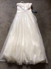 New Light Wedding dress in Size 0