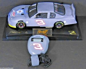 Dale Earnhardt Jr 2002 Revell 1/24 #3 Oreo Diecast Test Car and Stopwatch NEW