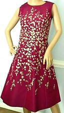 Oscar de la Renta 2016 Embroidered Floral Magenta Gold Cocktail Dress IT 38 US 2
