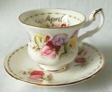 Royal Albert flor del mes de abril Miniatura Taza Y Plato De Té