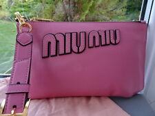 Splendido 100% Autentico Miu Miu Pelle rosa Clutch Bag/Borsa NUOVO CON SCATOLA