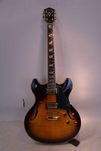 Washburn HB35 Semi-Hollow Electric Guitar W/Hard Case