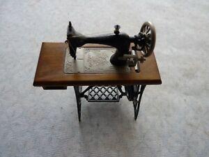 Vintage Dolls  House Accessory Miniature Treadle Sewing Machine