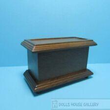 Wooden Walnut Chest / Blanket Box, Dolls House Miniature. Furniture 1.12th