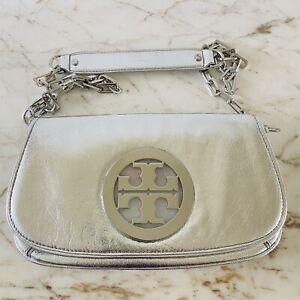 TORY BURCH Solid Metallic Silver Leather Clutch Bag Crossbody Large Silver Logo