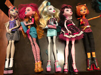 LOT OF 5 MONSTER High DOLLS Sold As Is Used TORALEI & DRACULAURA 1600 & 3 more